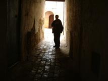 meknes-alleyway-to-zawiyya